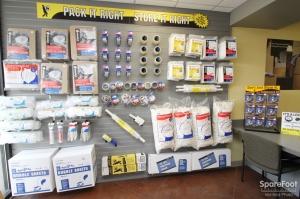 Safeguard Self Storage - Bridgeview - Photo 13