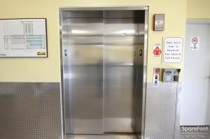 Safeguard Self Storage - Des Plaines - Photo 11