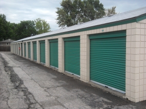 Simply Self Storage - Raytown, MO - State Route 350