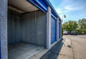 Simply Self Storage - 9624 E 350 Highway - Raytown - Photo 3