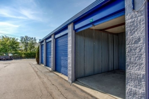 Simply Self Storage - 9624 E 350 Highway - Raytown - Photo 7