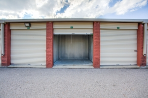 Picture of Simply Self Storage - Dearborn Heights, MI - Ann Arbor Trail