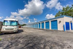 Simply Self Storage - 211 N Elmhurst Road - Wheeling - Photo 8