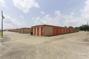 Big 7 Mini-Storage - Photo 2