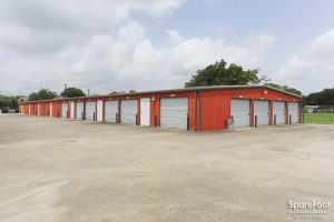 Image of Big 7 Save-U-Space Facility on 826 Hwy 3 South  in League City, TX - View 4