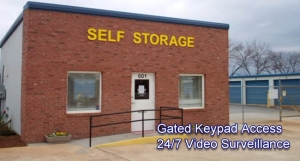 Centerville Self Storage - Houston Lake