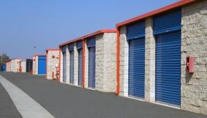Price Self Storage Azusa - Photo 6