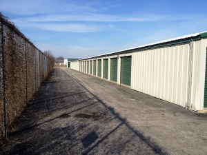 Manteno Self-Storage - Diversatech Campus - Photo 4