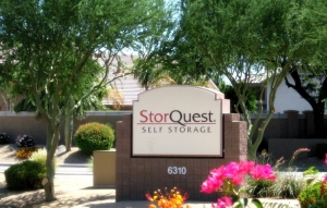 Image of StorQuest - Glendale/Union Hills Facility on 6310 W Union Hills Dr  in Glendale, AZ - View 2