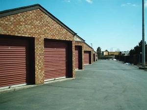 Image of StorQuest - Centennial/Jordan Facility on 7030 S Jordan Rd  in Centennial, CO - View 3