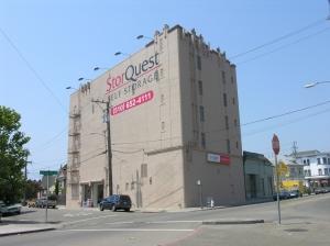 Image of StorQuest - Oakland/Shattuck Facility on 4601 Shattuck Ave  in Oakland, CA - View 2