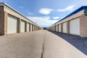 Picture of Simply Self Storage - Livonia, MI - Farmington Rd
