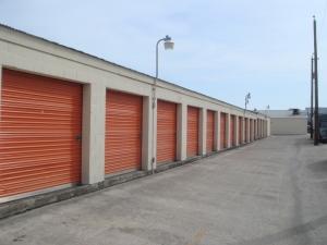 Image of Alamo Eisenhauer Mini-Storage Facility on 3500 Eisenhauer Rd  in San Antonio, TX - View 3