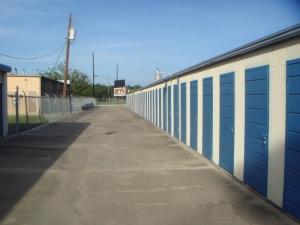 Image of Alamo East Mini-Storage Facility on 201 Sam Houston Dr  in Victoria, TX - View 2