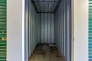 Simply Self Storage - 810 E Cooke Road - Columbus - Photo 6