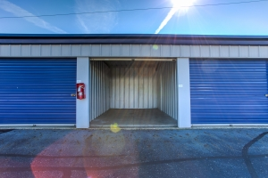 Simply Self Storage - 810 E Cooke Road - Columbus - Photo 8