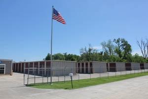 South Burbank Storage Center and Uhaul Dealer - Photo 6