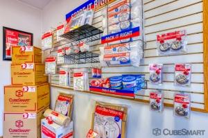 CubeSmart Self Storage - Rockford - 7511 Vandiver Rd - Photo 8