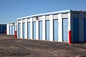 CubeSmart Self Storage - Peoria - 9219 N Industrial Rd - Photo 6