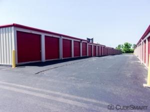CubeSmart Self Storage - Peoria - 9219 N Industrial Rd - Photo 5