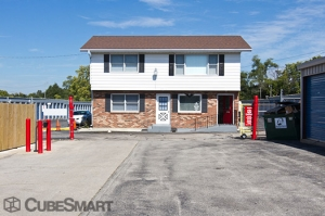 CubeSmart Self Storage - Rockford - 4548 American Rd