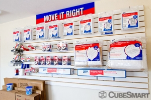 CubeSmart Self Storage - Rockford - 4548 American Rd - Photo 7