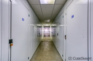 CubeSmart Self Storage - Rockford - 6210 Forest Hills Road - Photo 5