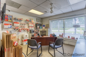 CubeSmart Self Storage - Rockford - 6210 Forest Hills Road - Photo 8