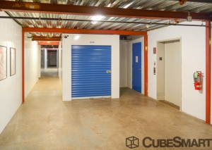 CubeSmart Self Storage - Rockford - 3015 N Main St - Photo 5