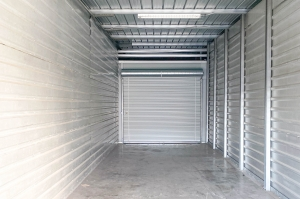 Image of Storage Outlet - Gardena Facility on 13401 S Western Avenue  in Gardena, CA - View 3