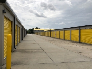 Storage King USA - 007 - Dundee, FL - Hwy 27 - Photo 4