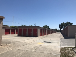 Image of StorQuest - Tampa/Hillsborough Facility on 6207 W Hillsborough Ave  in Tampa, FL - View 4