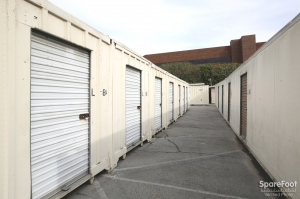 Space Bank Mini Storage - Pasadena - Photo 8