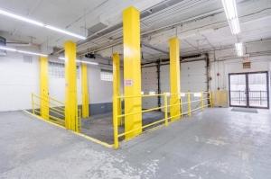 Image of Life Storage - Chicago - West Pershing Road Facility on 615 West Pershing Road  in Chicago, IL - View 2