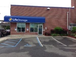 Life Storage - Lindenhurst