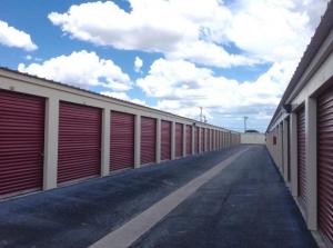 Picture 4 of Life Storage - San Antonio - 9403 Marbach Road - FindStorageFast.com