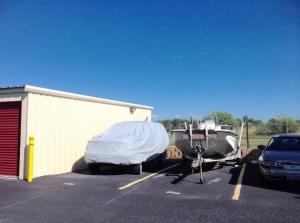 Picture 5 of Life Storage - San Antonio - 9403 Marbach Road - FindStorageFast.com