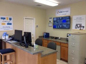 Picture 8 of Life Storage - San Antonio - 9403 Marbach Road - FindStorageFast.com
