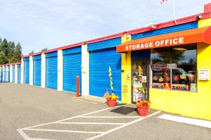 Image of Silverlake Safe Storage Facility on 10208 19th Ave SE  in Everett, WA - View 2
