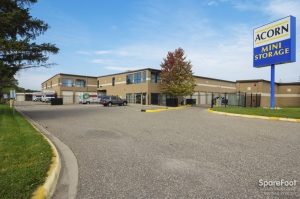Image of Acorn Mini Storage V - Maplewood Facility on 2457 Maplewood Drive  in Saint Paul, MN - View 2