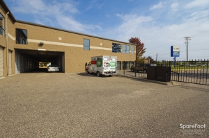 Image of Acorn Mini Storage V - Maplewood Facility on 2457 Maplewood Drive  in Saint Paul, MN - View 3