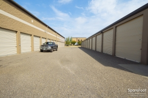 Image of Acorn Mini Storage V - Maplewood Facility on 2457 Maplewood Drive  in Saint Paul, MN - View 4