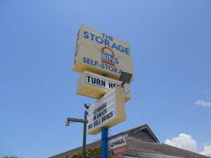 Cheap Storage Units At The Storage Bins In 34293 Venice