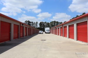 Image of Cypress Creek Storage, LLC Facility on 15420 Telge Road  in Cypress, TX - View 4