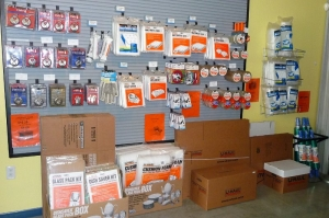 Picture of AmeriStor Self Storage