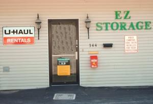 E-Z MiniStorage