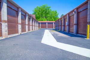 Image of StorQuest - Aurora/Alameda Facility on 16650 East Alameda Parkway  in Aurora, CO - View 4