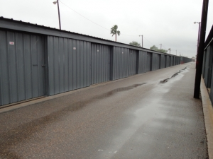 Image of The Best Little Warehouse In Texas - Mission Facility on 2207 North Conway Avenue  in Mission, TX - View 3