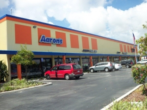 Image of Value Store It - Fort Lauderdale Facility on 1124 West Sunrise Boulevard  in Fort Lauderdale, FL - View 2