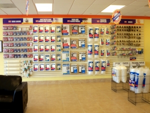 Image of Value Store It - Fort Lauderdale Facility on 1124 West Sunrise Boulevard  in Fort Lauderdale, FL - View 4